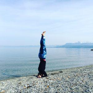 yoga blog yoga pose sirsasana