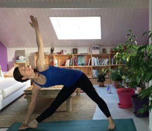 pratiquer le yoga seul chez soi